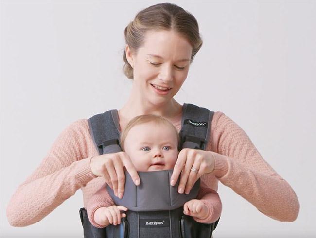 porte-bébé babybjorn en avant