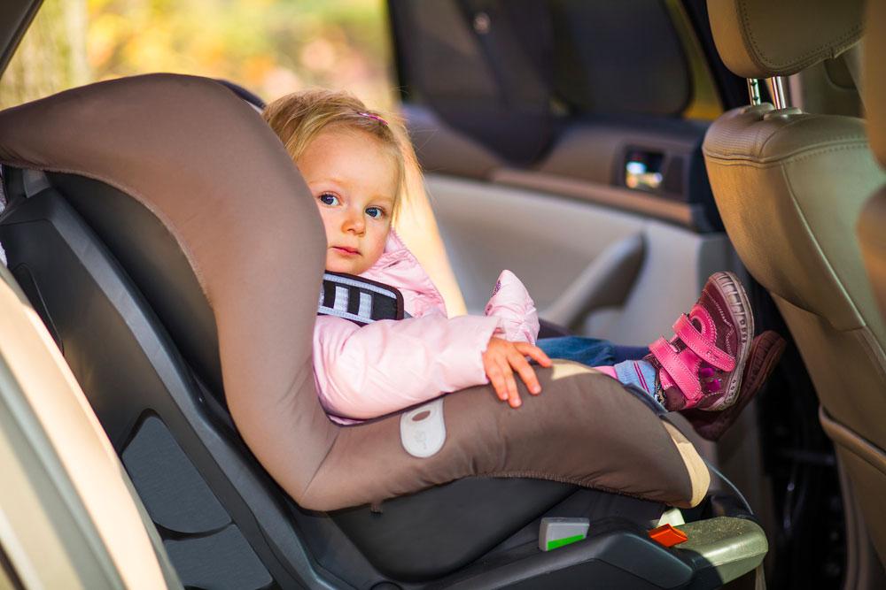 voyager en voiture avec bebe